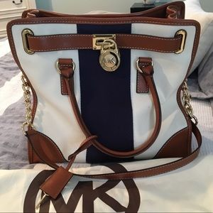 Michael Kors tote bag with shoulder Strap